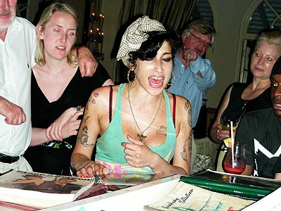 Amy Winehouse Puts on a Show