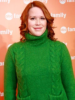 Molly Ringwald Expecting Twins!
