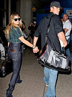 Fergie & Josh Fly Off to Tropical Honeymoon