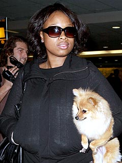 Photo of Jennifer Hudson & her Dog