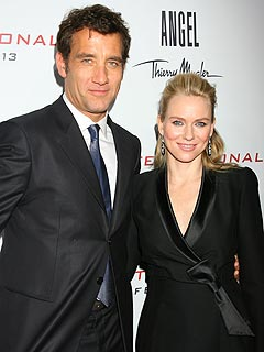 Naomi Watts Finds Babies Easier the Second Time Around