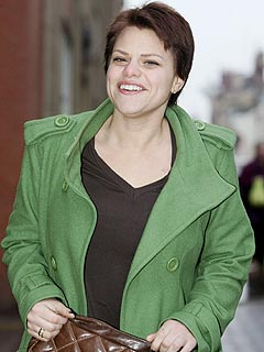 Thousands of Fans Gather for Jade Goody's Funeral