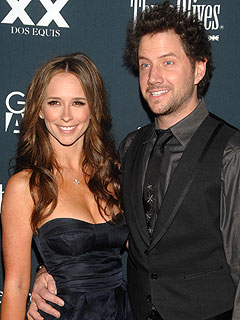 Jennifer Love Hewitt and Jamie Kennedy Have the Same Taste in Men
