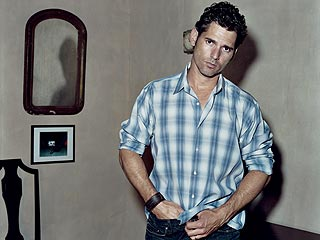 Eric Bana Reveals His Wild Side