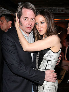 Sarah Jessica Parker Comes Out to Support Matthew Broderick