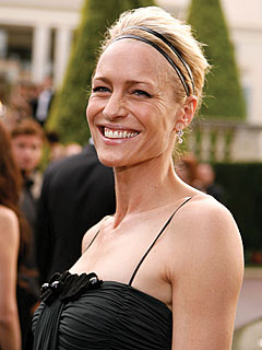 Robin Wright Penn Sips Moët as Split Is Called Off