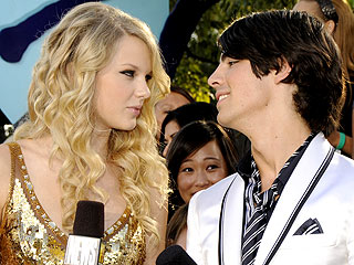 Joe Jonas and Taylor Swift: Battle of the 'Ex' Songs!