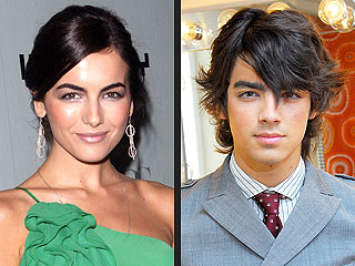 It&#39;s Official: Joe Jonas and Camilla Belle Have Split
