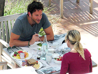 Bradley, Renée Get Cozy in Barcelona