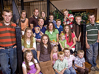 Joplin Tornado: Duggar Family Aids in Rescue