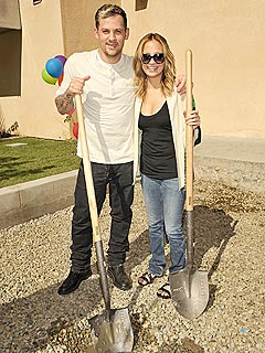 Nicole Richie and Joel Madden Build a Playground