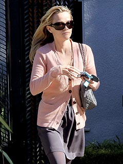 PHOTO: Reese Witherspoon Returns to Los Angeles