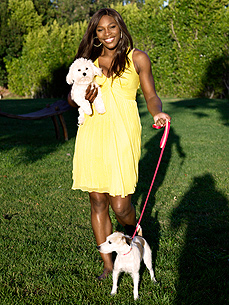 Serena Williams & Jackie: Ready For Some Football!