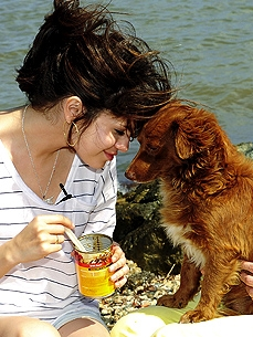 Selena Gomez's Mission: Help Dogs and Cats of Puerto Rico