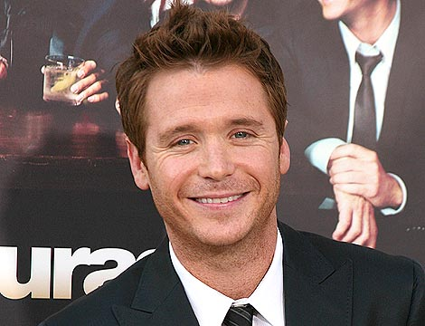 Kevin Connolly Takes Mystery Blonde to Dinner in L.A.