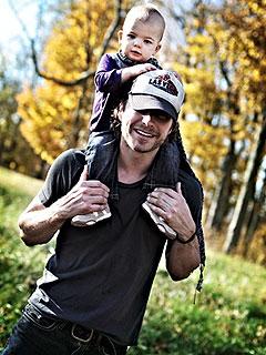 Dierks Bentley, Wife Having Baby No. 2