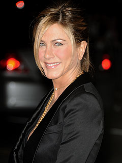 Report: Jennifer Aniston Gives $500,000 to Haiti