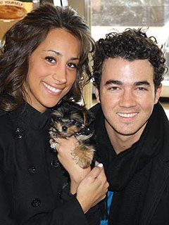 Kevin Jonas's Romantic Sushi Dinner