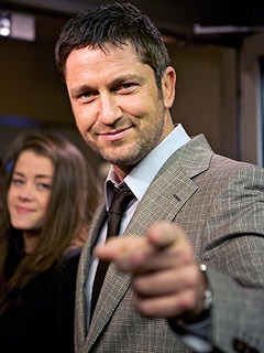 Gerard Butler Will Be Washing Dishes for Christmas