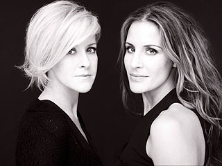 The Dixie Chicks Chirp as a Duo