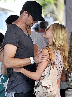 Kate Bosworth and Alexander Skarsgard Cozy Up at Coachella