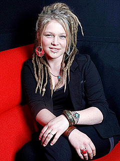 Idol's Crystal Bowersox: There Is No 'Beef' with Ryan Seacrest