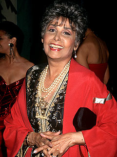 Lena Horne, Hollywood Trailblazer, Dies at 92