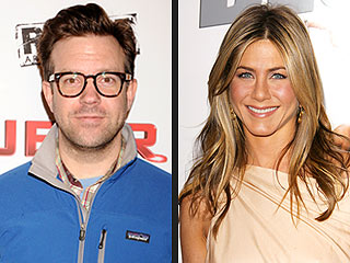 Jennifer Aniston Would Be 'Lucky' to Date Jason Sudeikis (According to Him)