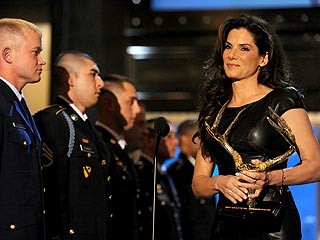 Sandra Bullock Makes Surprise Appearance for the 'Guys'