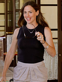Jennifer Garner's Pregnancy Craving: a Cheeseburger!