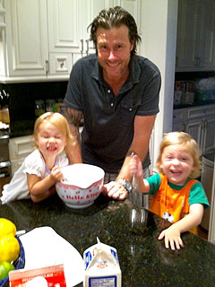 Dean McDermott Treats His Kids to Homemade Ice Cream Party