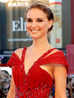 Natalie Portman Generates Oscar Buzz for Racy Role