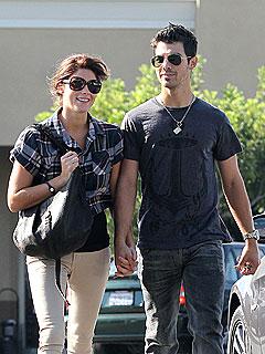 Source: Joe Jonas Is 'Head Over Heels' for Ashley Greene