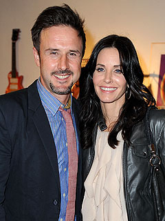 Courteney Cox and David Arquette Together on Set Days Ago