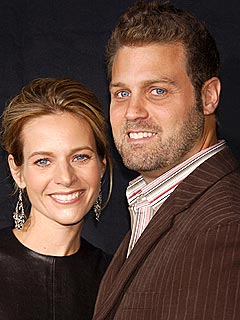 Glee Star Jessalyn Gilsig Files for Divorce