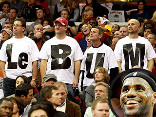 LeBron James Feels the Heat From Cleveland Fans at Ohio Game