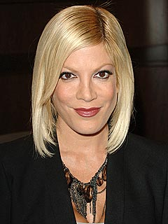 Tori Spelling in Car Crash at Kids' School
