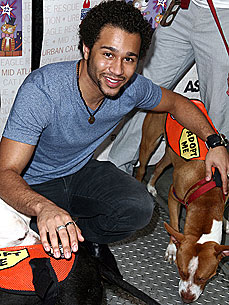 'High School Musical' Star Corbin Bleu Talks to His Crawfish