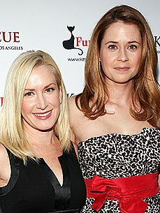 Angela Kinsey and Jenna Fischer Both Have Chatty Cats