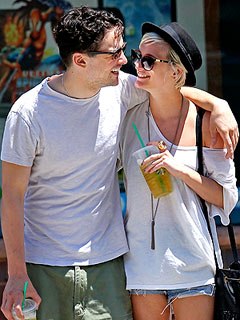 Inside Ashlee Simpson's Hands-On Brunch Date with Vincent Piazza