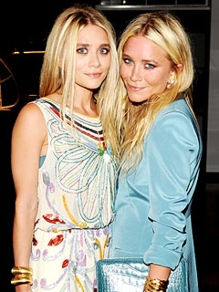 Mary-Kate & Ashley Olsen Get Down with Break Dancers