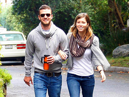 Back On? Justin Timberlake & Jessica P.D.A.-Filled Colorado Getaway