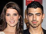 Joe Jonas & Ashley Greene Prove They&#39;re (Still) Friends in Vegas | Ashley Greene, Joe Jonas