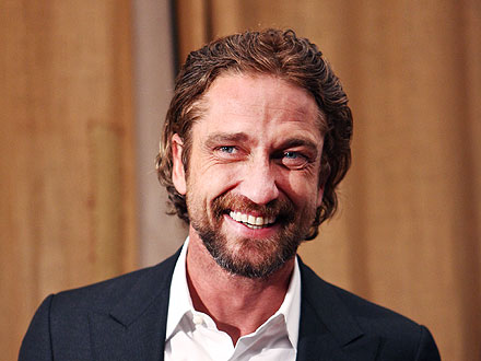 Gerard Butler Skips the Alcohol (But Enjoys the Ladies) at an L.A. Party