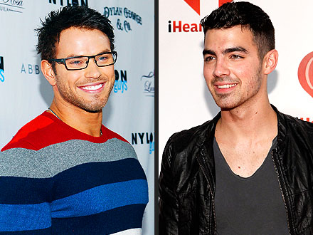 Kellan Lutz Parties Alongside Joe Jonas at New Club