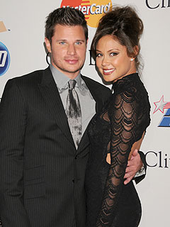 Vanessa Minnillo: Nick Lachey Has My Back