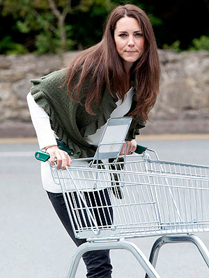 Kate Middleton Goes Grocery Shopping