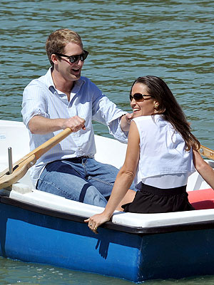 Pippa Middleton, George Percy Hang Out in Spain