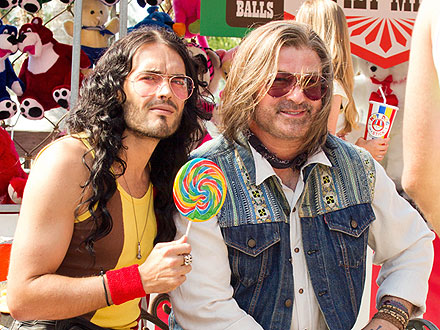 Russell Brand, Alec Baldwin on Rock of Ages Set