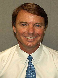 John Edwards Trial: He Said He Loved Rielle Hunter, According to Witness